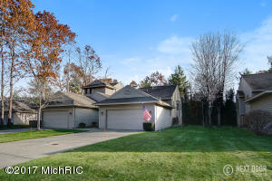 Property for sale at 550 Tournament Circle, Norton Shores,  MI 49444