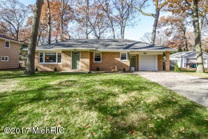 Property for sale at 4041 Stamford Drive, Norton Shores,  MI 49441