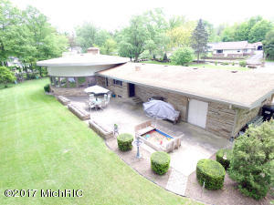 7673 Forest Beach Watervliet, MI 49098