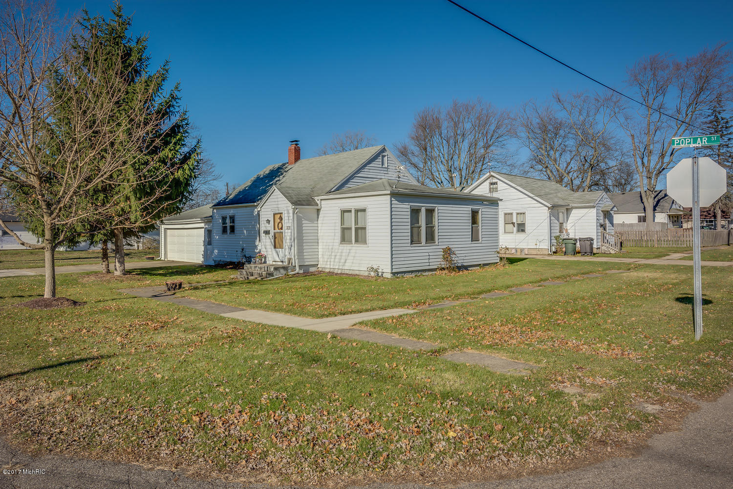 111 POPLAR STREET, THREE OAKS, MI 49128