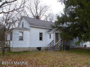Property for sale at 8959 Holton Road, Holton,  MI 49425