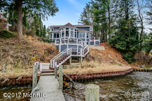 Property for sale at 18941 N Fruitport Road, Spring Lake,  MI 49456