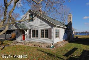 Property for sale at 11947 W Indian Lake Drive, Vicksburg,  MI 49097