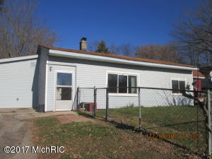 Property for sale at 11013 Crooked Lake Road, Rockford,  MI 49341