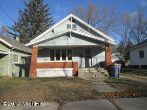 Property for sale at 135 Elmwood Street, Grand Rapids,  MI 49505
