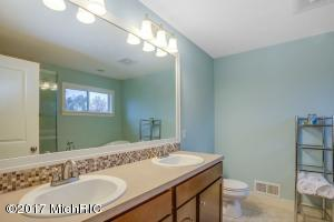 7219 NANTUCKET DRIVE SW, BYRON CENTER, MI 49315  Photo 16