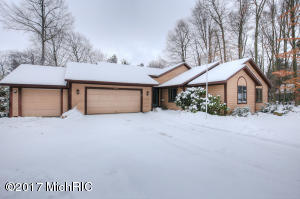 Property for sale at 4460 Deer Creek Drive, Norton Shores,  MI 49441