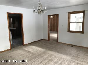 6627 OLD M 11, SAWYER, MI 49125  Photo 4