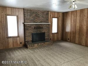 6627 OLD M 11, SAWYER, MI 49125  Photo 10