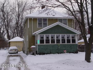 Property for sale at 1015 N Michigan Avenue, Hastings,  MI 49058