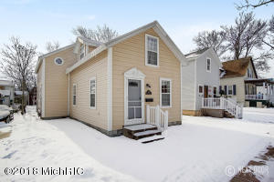 Property for sale at 428 Monroe Street, Grand Haven,  MI 49417