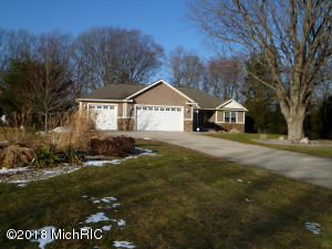 Property for sale at 3613 Valley View Drive, Muskegon,  MI 49444
