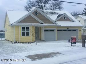 Property for sale at 9832 E Shore Drive, Portage,  MI 49002