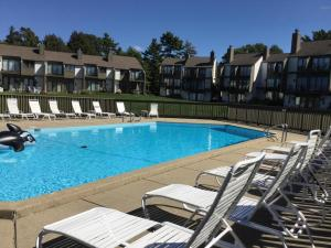 Property for sale at 101 North Shore Drive Unit 27, South Haven,  MI 49090