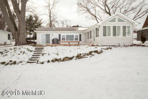Property for sale at 6974 Shoreline Drive, Delton,  MI 49046