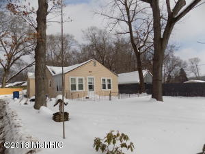 Property for sale at 450 Collins Avenue, Muskegon Heights,  MI 49444