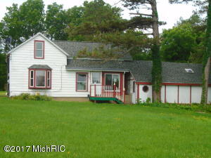 Property for sale at 952 9th Street, Plainwell,  MI 49080