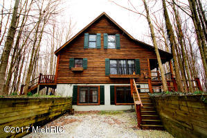 338 Williamsburg Buchanan, MI 49107