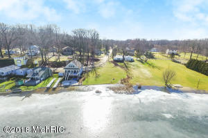 14844 Lake Marcellus, MI 49067