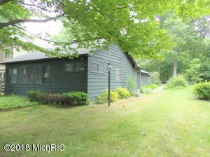 Property for sale at 2752 Burlington Drive, Hickory Corners,  MI 49060