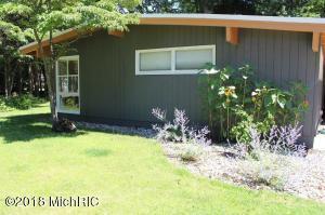 Property for sale at 530 Wellesley Drive, Norton Shores,  MI 49441