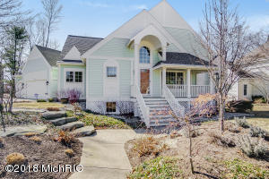 Property for sale at 18042 Wildwood Springs Parkway, Spring Lake,  MI 49456