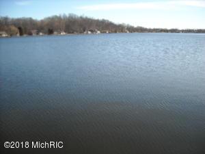 Property for sale at 1424 Laurabelle Drive, Battle Creek,  MI 49017