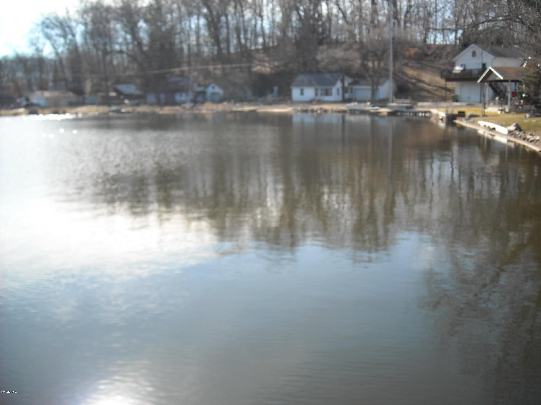 1424 Laurabelle , Battle Creek, MI 49017 Photo 3
