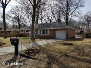 Property for sale at 4051 Loomis Drive, Norton Shores,  MI 49441