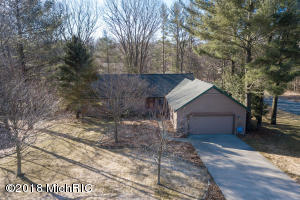 Property for sale at 18622 Sioux Drive, Spring Lake,  MI 49456