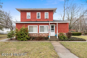 Property for sale at 427 Hicks Avenue, Plainwell,  MI 49080