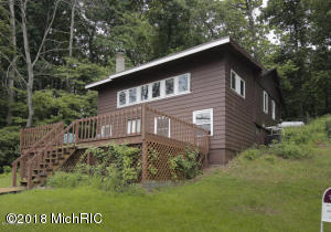 5741 Head Lake Hastings, MI 49058