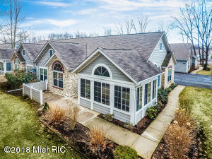 2928 Villa Lane Benton Harbor, MI 49022
