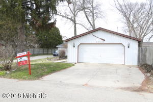 Property for sale at 4715 S Long Lake Drive, Portage,  MI 49002