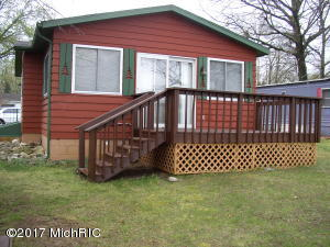 58954 Lakeshore Colon, MI 49040