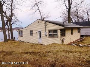 Property for sale at 7396 S Crooked Lake Drive, Delton,  MI 49046
