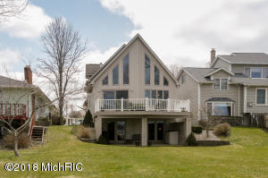 Property for sale at 11362 E Indian Lake Drive, Vicksburg,  MI 49097