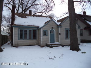Property for sale at 1910 Jefferson Street, Muskegon,  MI 49441