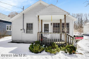 Property for sale at 1539 Montgomery Avenue, Muskegon,  MI 49441