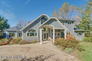 4014 Evergreen Benton Harbor, MI 49022