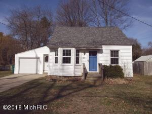 Property for sale at 211 S Lake Avenue, Spring Lake,  MI 49456