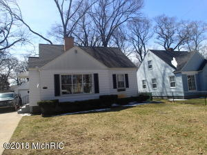 Property for sale at 1645 Winchester Drive, Muskegon,  MI 49441