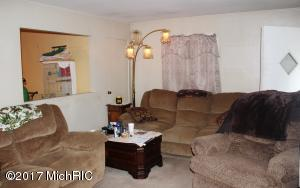 4989 WILSON ROAD, COLOMA, MI 49038  Photo 9