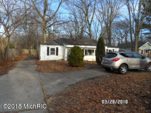 Property for sale at 3096 Lincoln Street, Norton Shores,  MI 49441