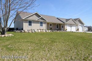 Property for sale at 1033 N Stoneridge Drive, Plainwell,  MI 49080