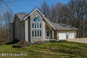Property for sale at 21 108th Avenue, Plainwell,  MI 49080