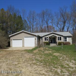 Property for sale at 3155 Cowboy Cove Lane, Ionia,  MI 48846