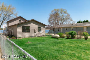 15932 W Saddlebag Lake Decatur, MI 49045