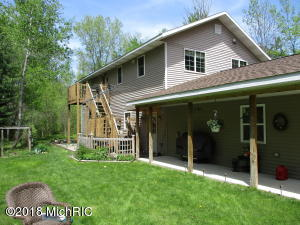 Property for sale at 6037 16 Mile Rd, Cedar Springs,  MI 49319