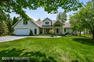 4210 Trails End Middleville, MI 49333